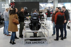 Motosalon-2020-eva-moto-005