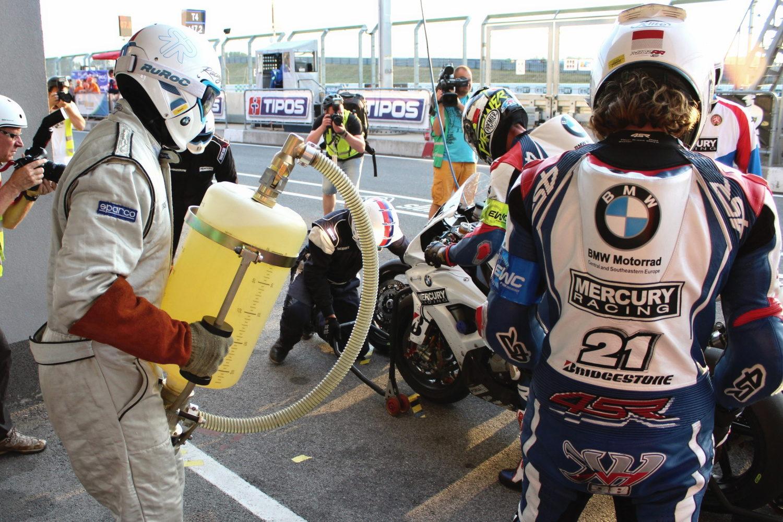 YART Yamaha vítězí při 8 h Slovakia Ringu, Mercury Racing bere výborné 6. místo