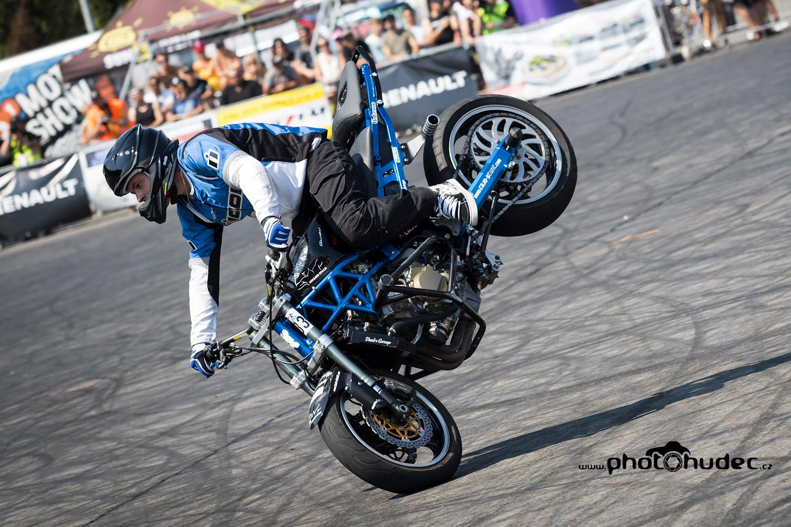 Fotogalerie z W-TEC Czech Stunt Day 2018