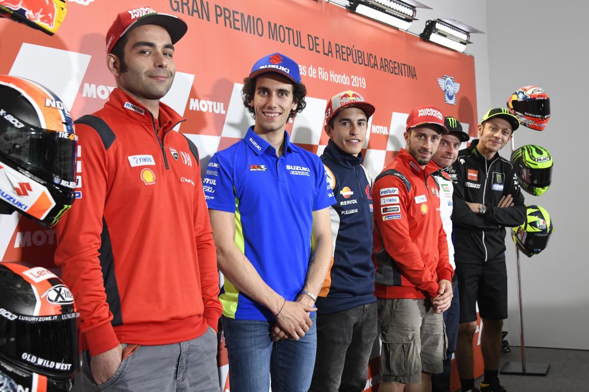 """Jezdci MotoGP o """"spoileru"""" Ducati"""