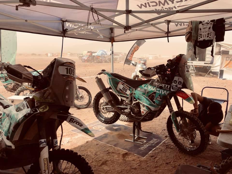 Morocco Desert Challenge se přehoupla do 2. poloviny