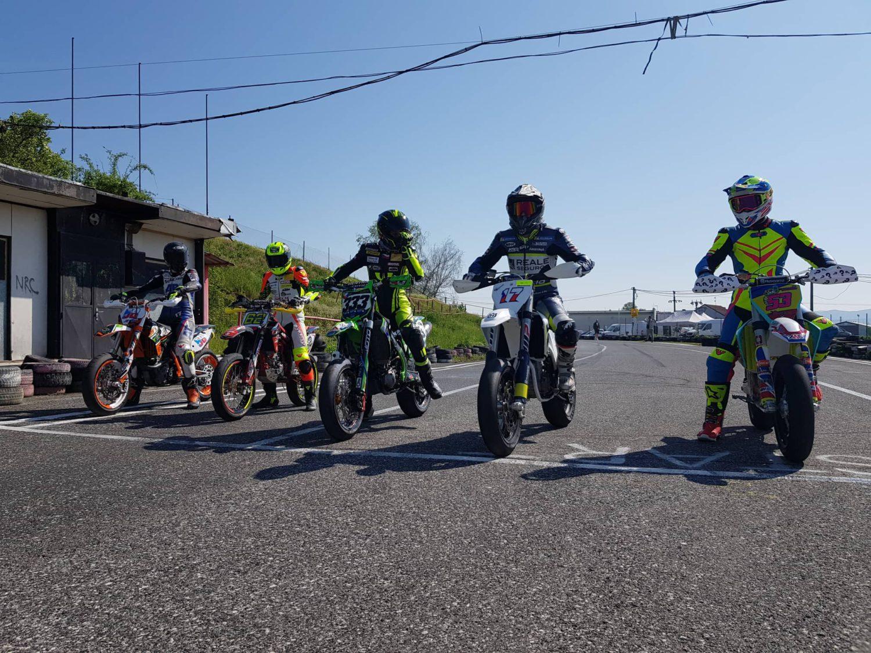 Karel Abraham vodil české motocyklové naděje