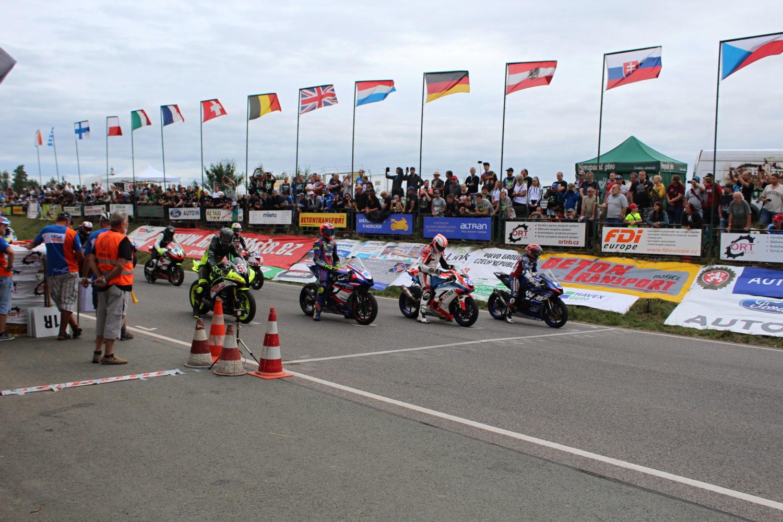 Výsledky závodů Česká TT a IRRC Hořice 2019